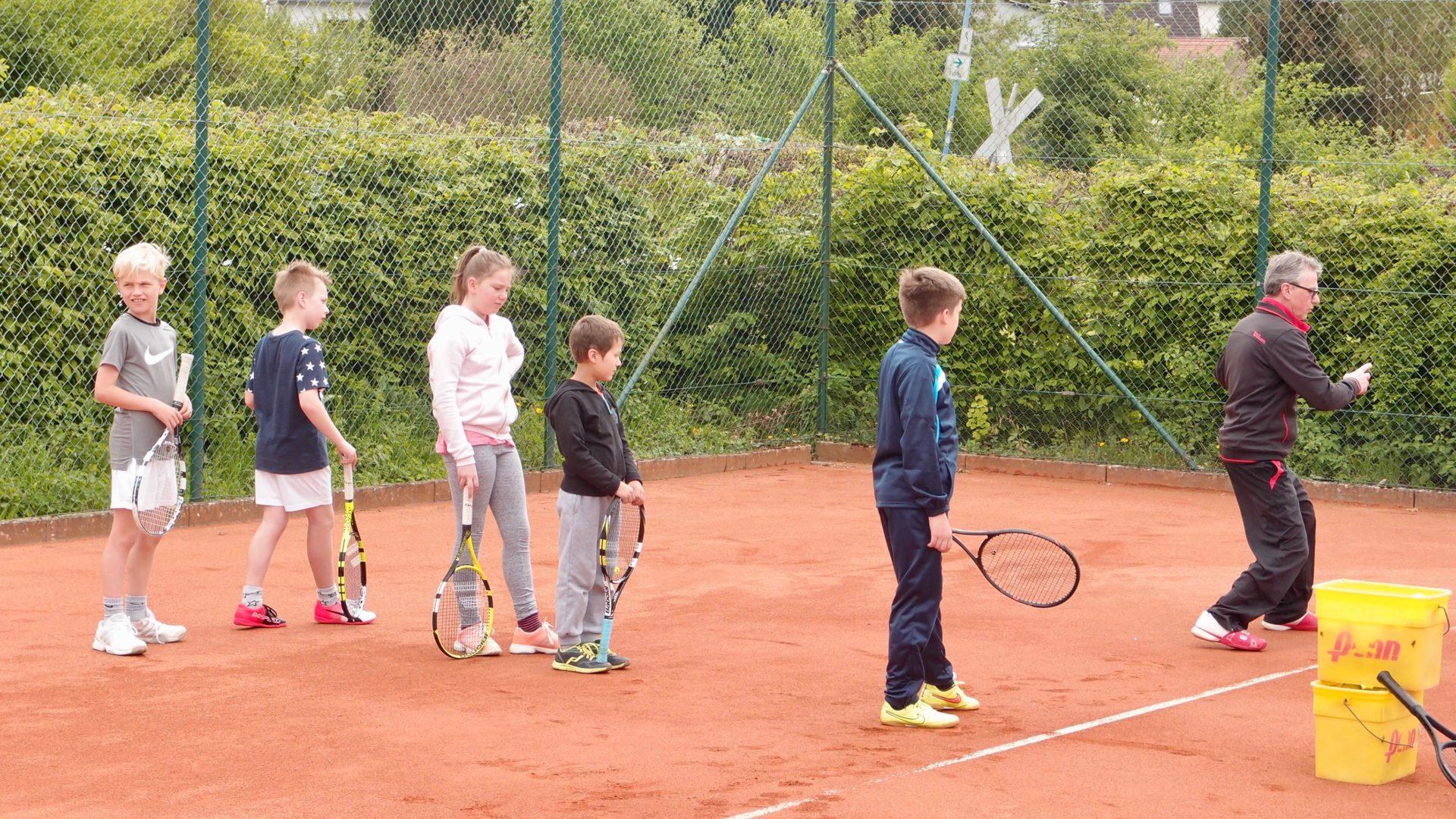 Entdecke Tennis beim TC 75 Groß-Bieberau
