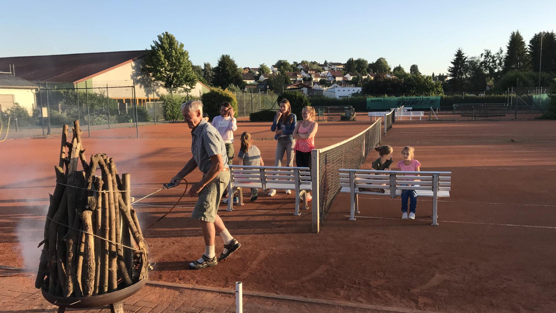 Pflege der Tennisanlage und Arbeitseinsätze